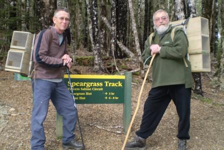 warwick-and-peter-putting-out-traps-on-speargrass.JPG