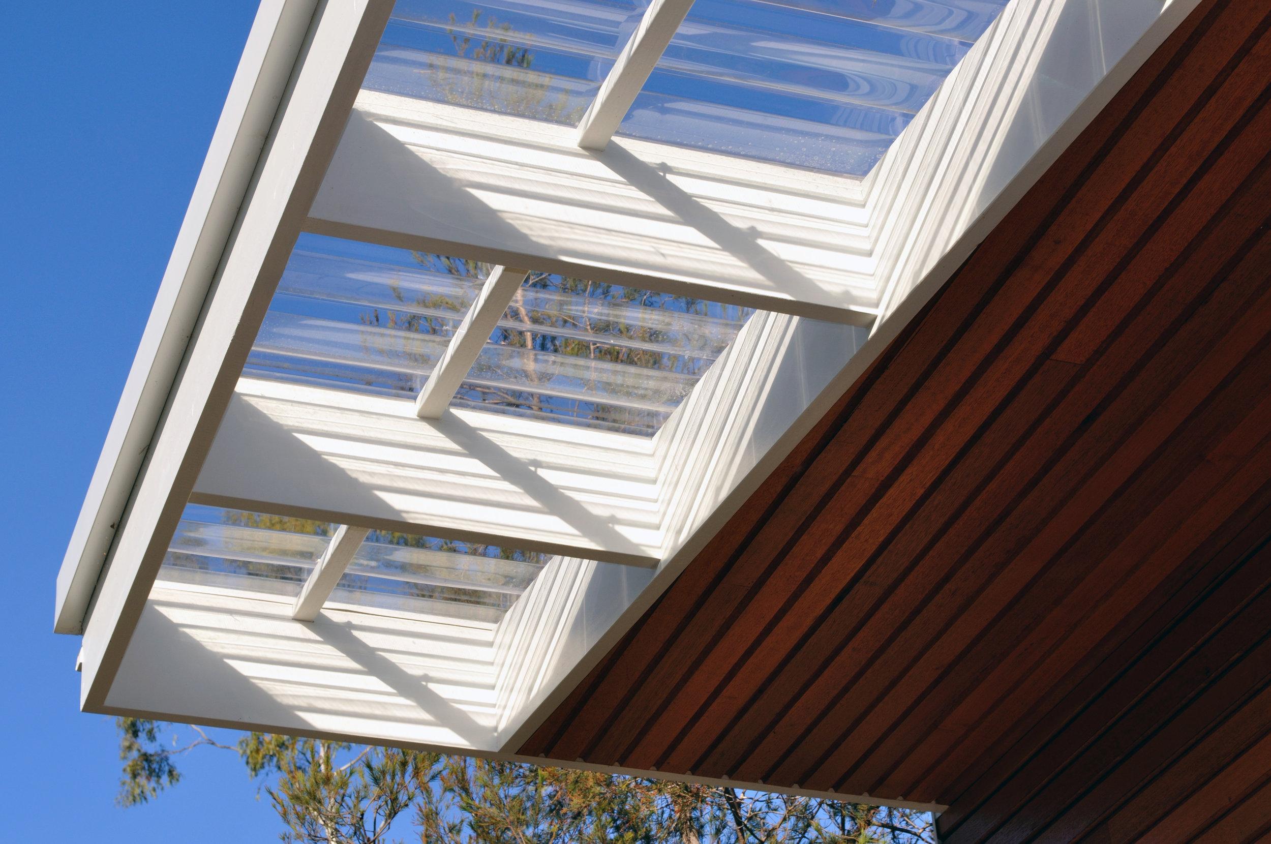 MWA - CONINGHAM - deck screen detail.jpg