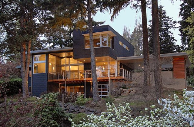 Enatai House in Bellevue, a major remodel completed in 2008. . . . . #archinect #seattlearchitects #architizer #midcenturymodern #pnwarchitecture #architizer #dwell #modernhome #houzz