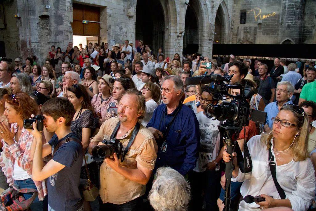法国阿尔勒国际摄影节现场