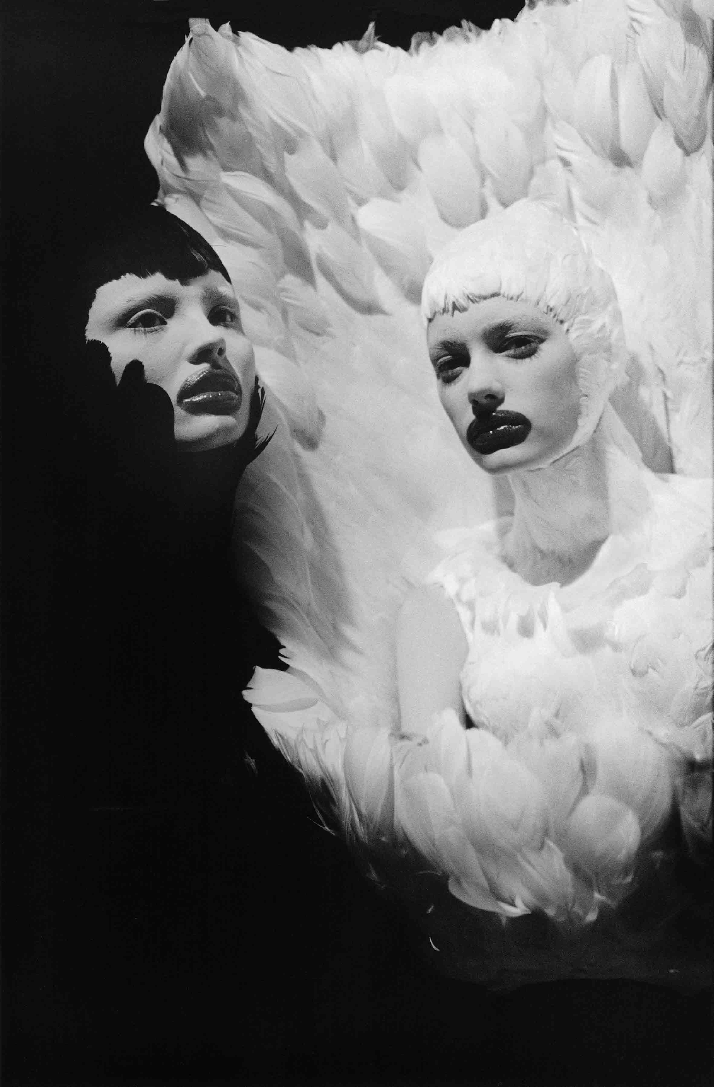 安·雷,《不落的天使I》,巴黎,2009年。图片由艺术家提供。