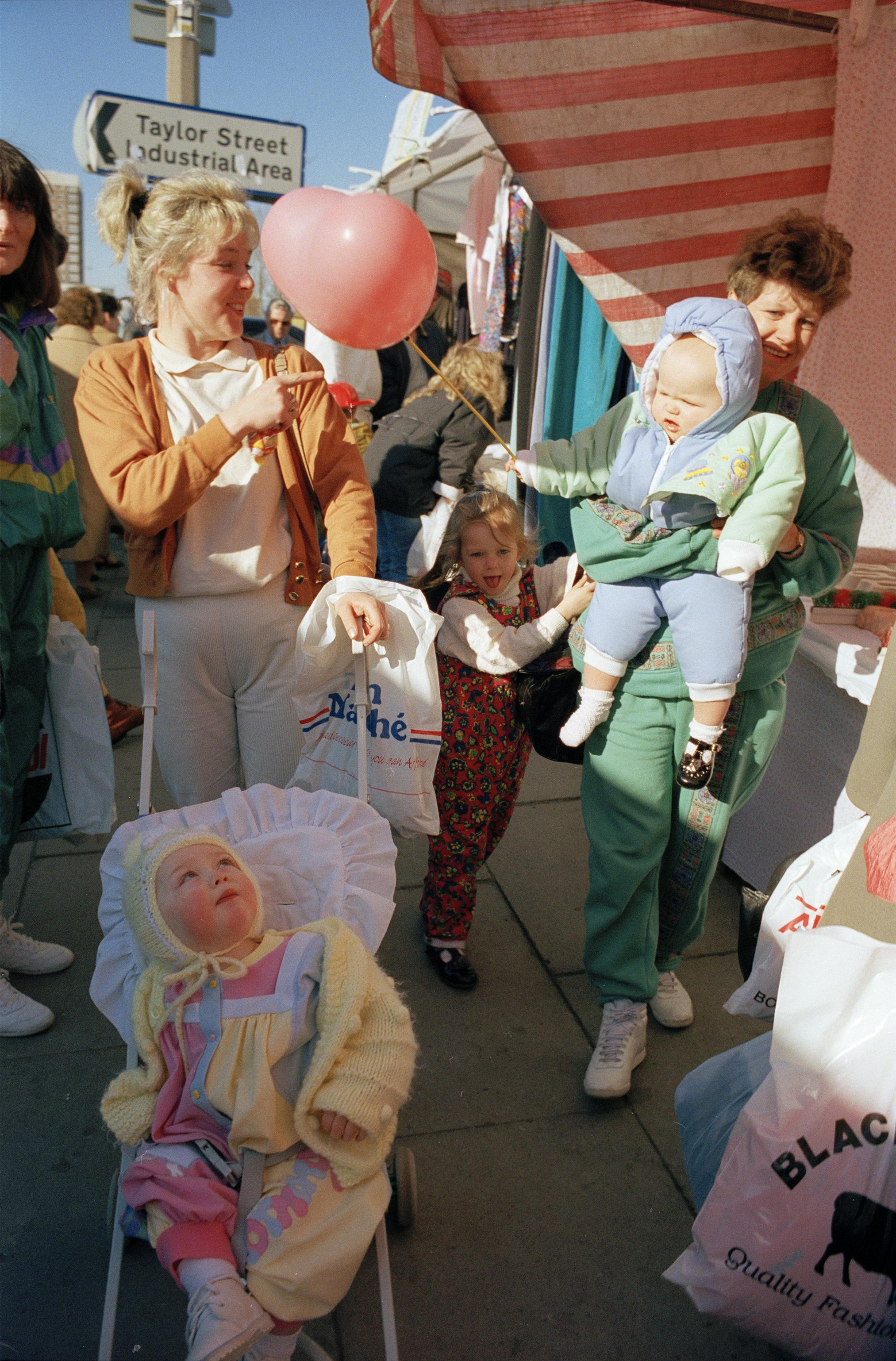 汤姆·伍德,《粉色的糖》,1991。图片由艺术家和Sit Down画廊提供。