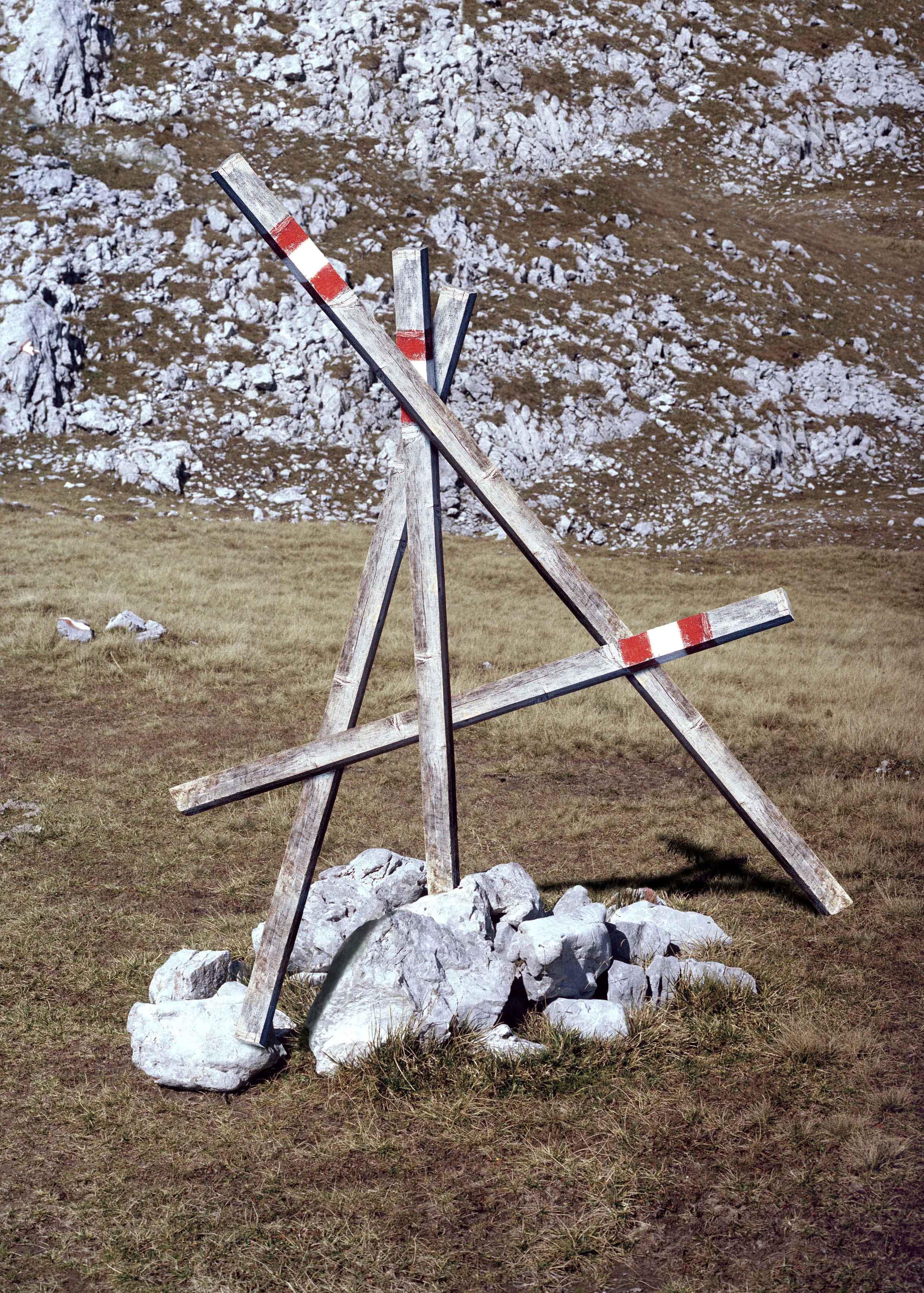 托马斯·阿尔布多夫,《跟踪路径》【4】,《我知道我会在已经看到的东西里看到什么》系列,2015。(《在地球上》展览)。