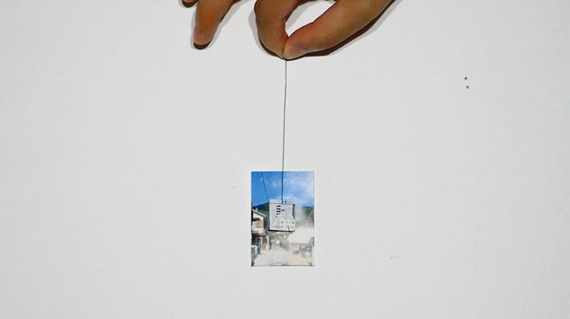 屏控小姐,挪用自张小船《天真艺术家,蹩脚魔术师-第一个魔术》(2018年)录像截图,现成图像,2019年。图片由艺术家提供。