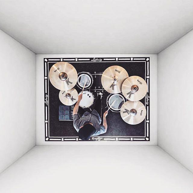 #AssumeControl with @jmudrums - 🔲🔲🔲 . . #drums #box