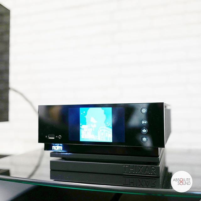 The compact Uniti Atom all-in-one system from Naim Audio sitting on a custom-made Thixar Silence Plus platform. An awesome combination for an engaging listen.⁣ .⁣ .⁣ .⁣ .⁣ #audio #audiophile #audiophiles #stereo #stereophile #music #hifi #highfidelity #homecinema #homestereo #hometheatre #leicacraft #afterlight #vscocam #vscosg #instahifi #isolation #sound #highendhifi #loudspeakers #soundsystem #musicsystem #audiosystem #jazz #acoustics #stereo