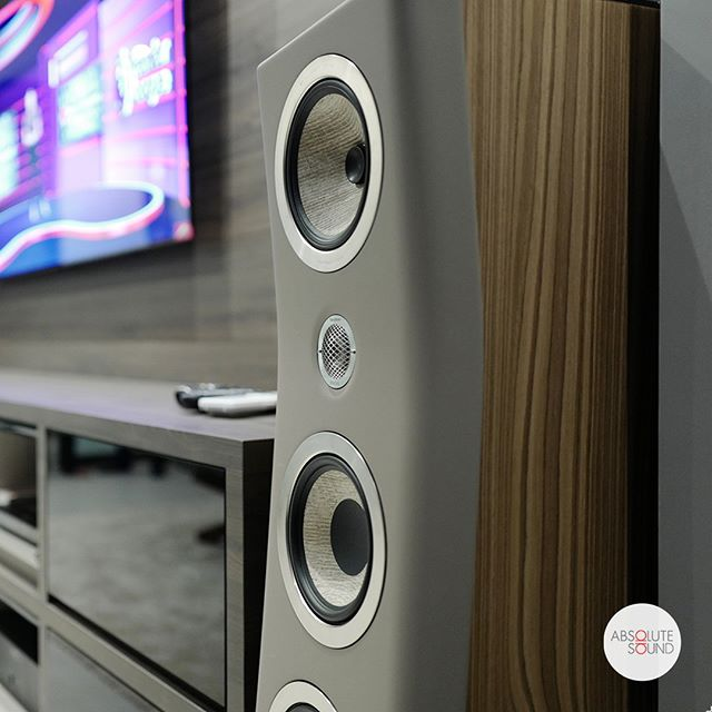 The @focalofficial Kanta N2 in warm taupe. A stellar audio performer with the looks to match.⁠ .⁠ ⁠ .⁠ .⁠ .⁠ #audio #audiophile #audiophiles #stereo #stereophile #music #hifi #highfidelity #homecinema #homestereo #hometheatre #leicacraft #afterlight #vscocam #vscosg #instahifi #isolation #sound #highendhifi #loudspeakers #soundsystem #musicsystem #audiosystem #jazz #acoustics #stereo