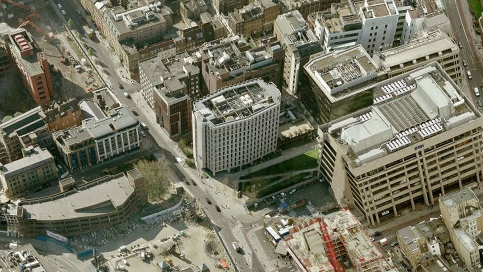 Beagle House - London -