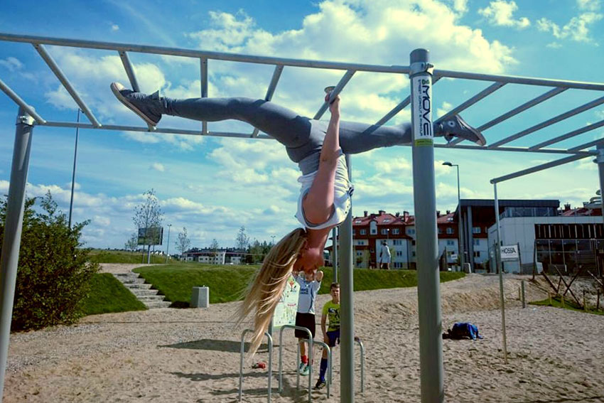 street-workout-equipment-uk.jpg
