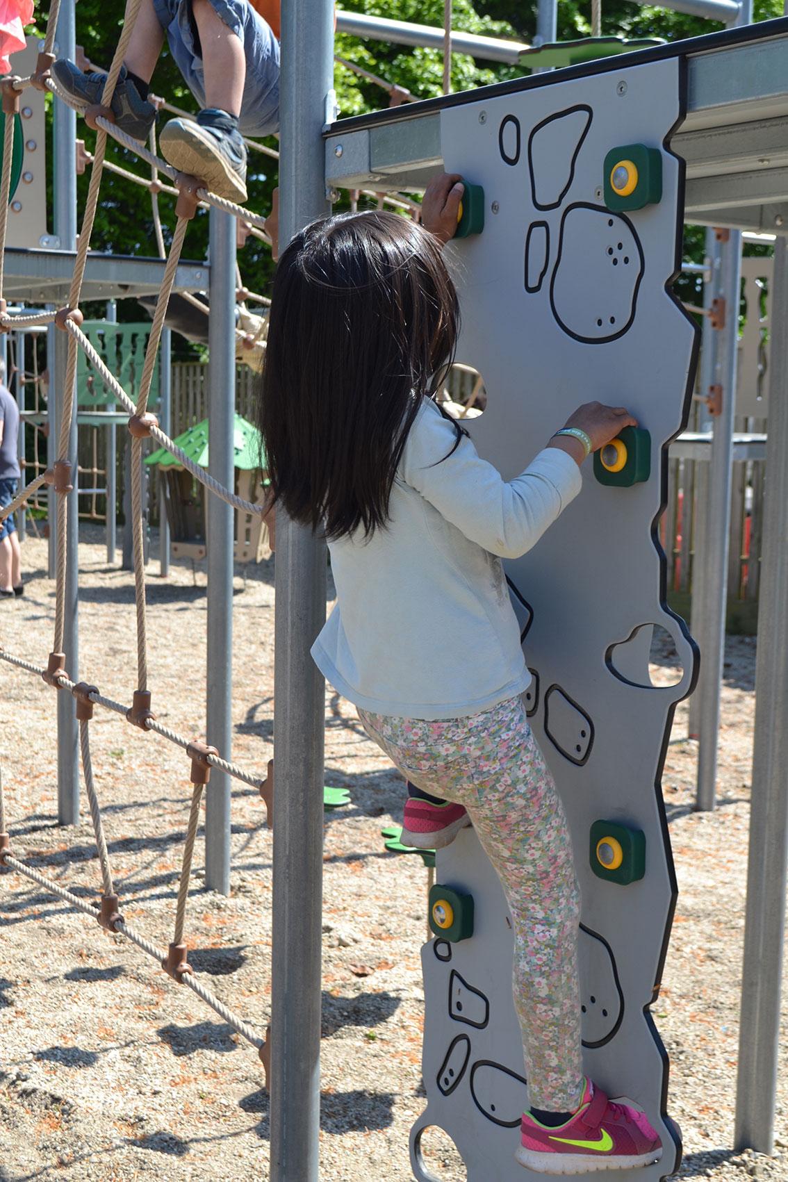 climbing-equipments-for-kids.jpg