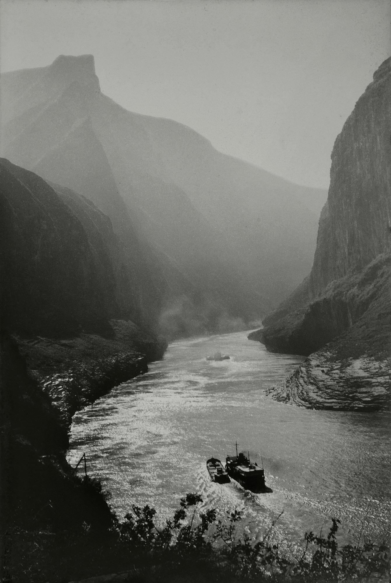 Xue Zijiang, Three Hundred Miles to Jiangling by Night-fall