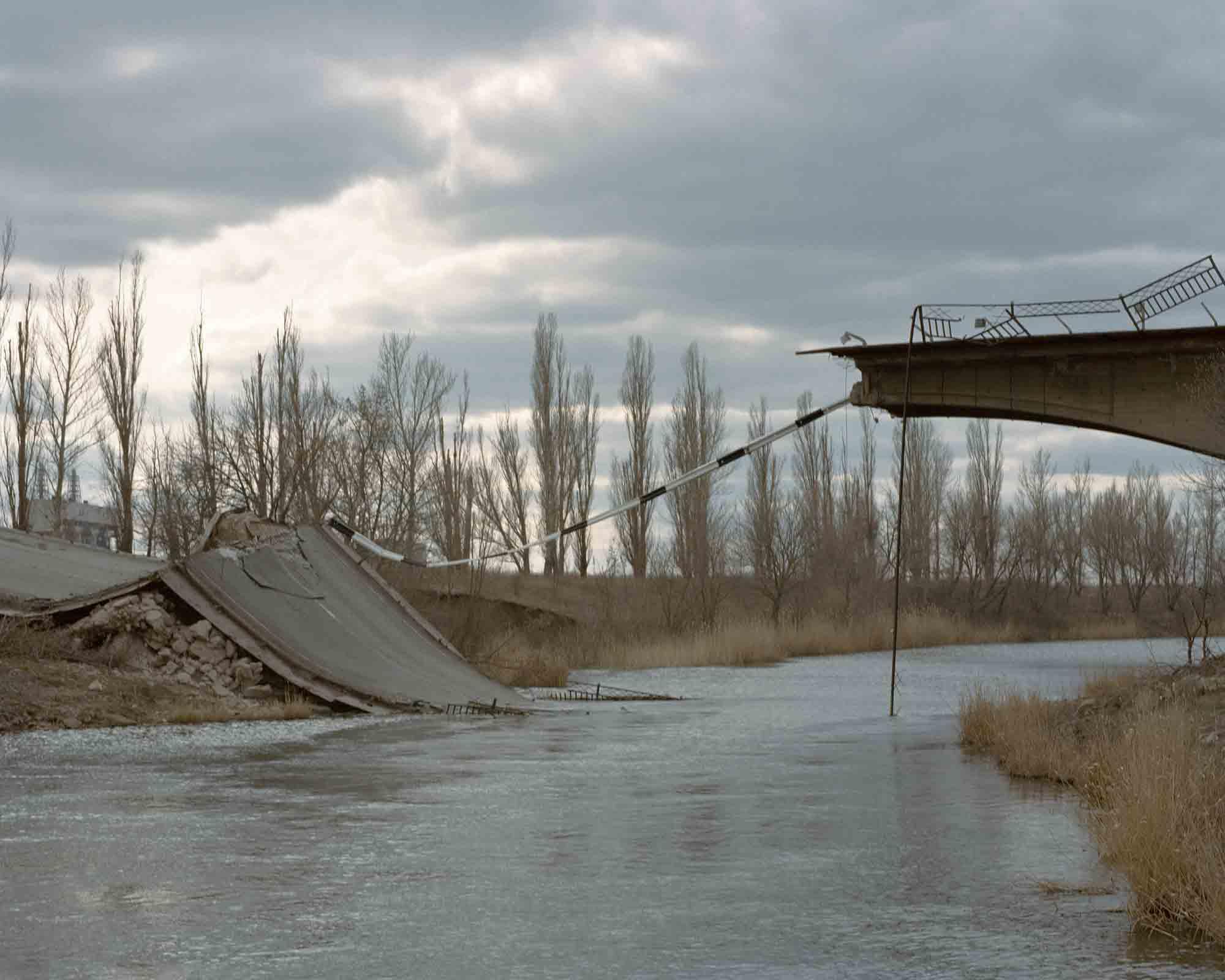 Wiktoria Wokciechowska,  A bridge in Semenivka – one of the first front lines . Semenivka, ATO zone (war zone), Ukraine, March 2015. Courtesy of the artist.