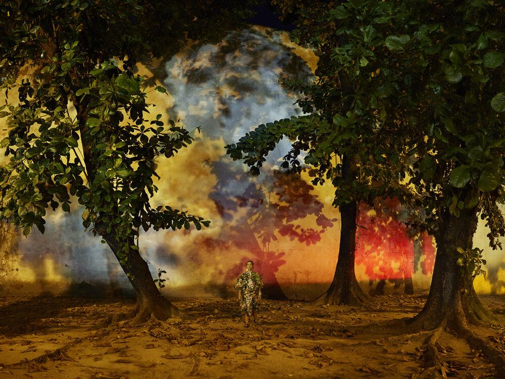 """Evangelia Kranioti,  Apenas sonhei com o mundo mas jamais o vi , from the """"Obscuro Barroco"""" series"""