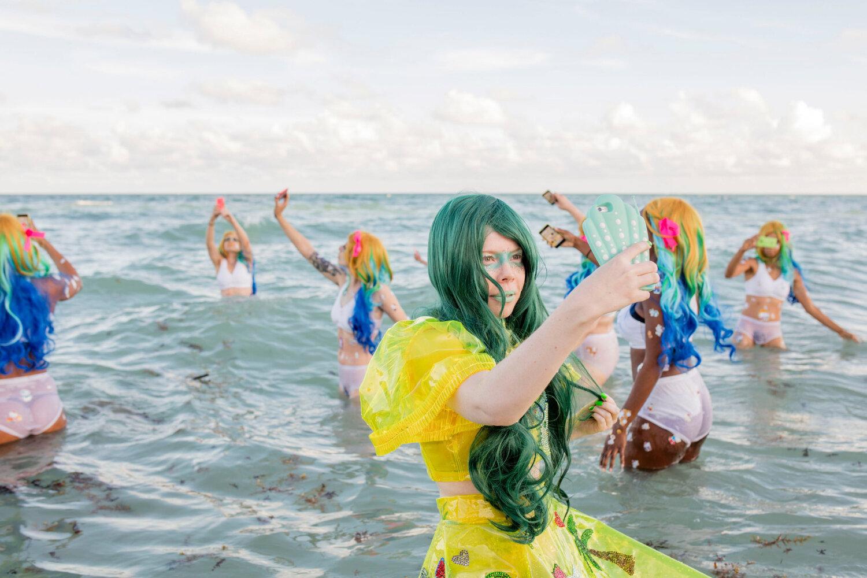 Kate Durbin, Film Still from  Hello Selfie , 2015. Miami video. Courtesy of the artist.