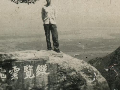 Lei Lei, film still from  Romance in Lushan Cinema , 2019. Courtesy of the artist.