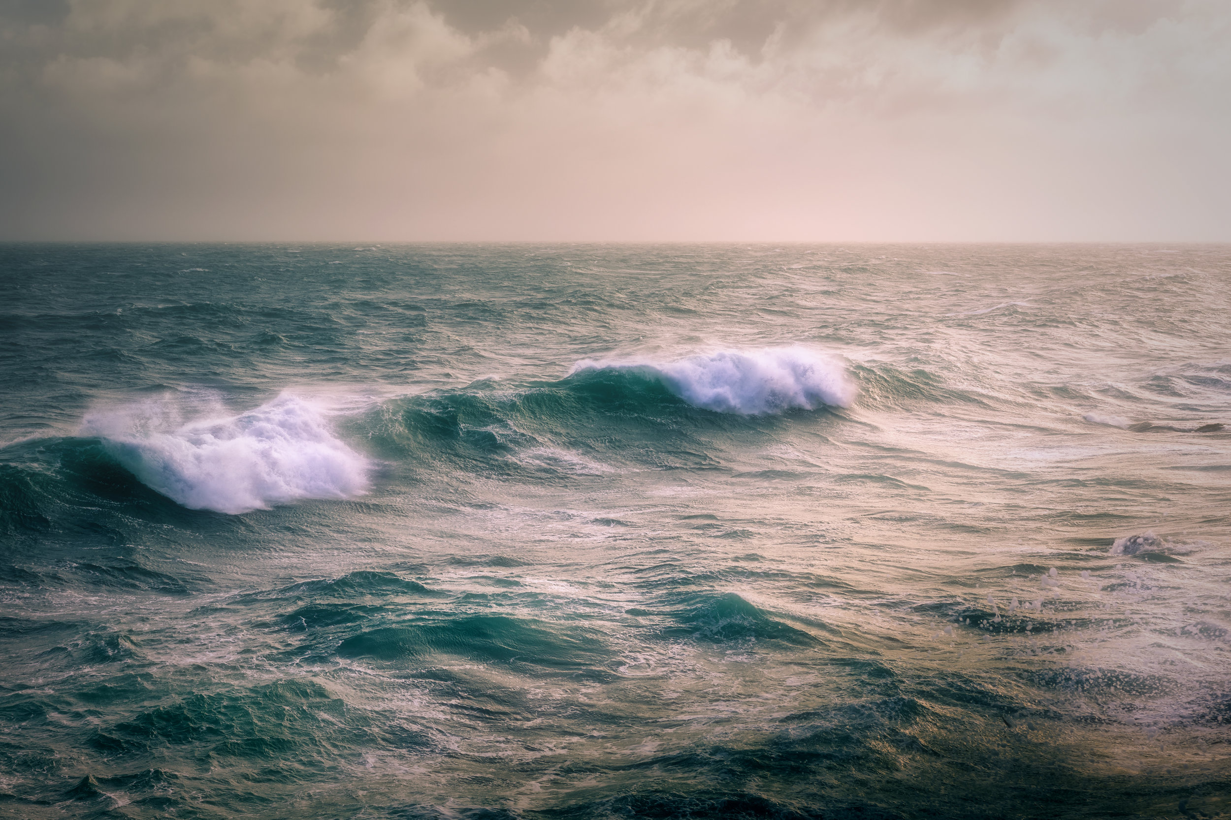 Waves Rolling In