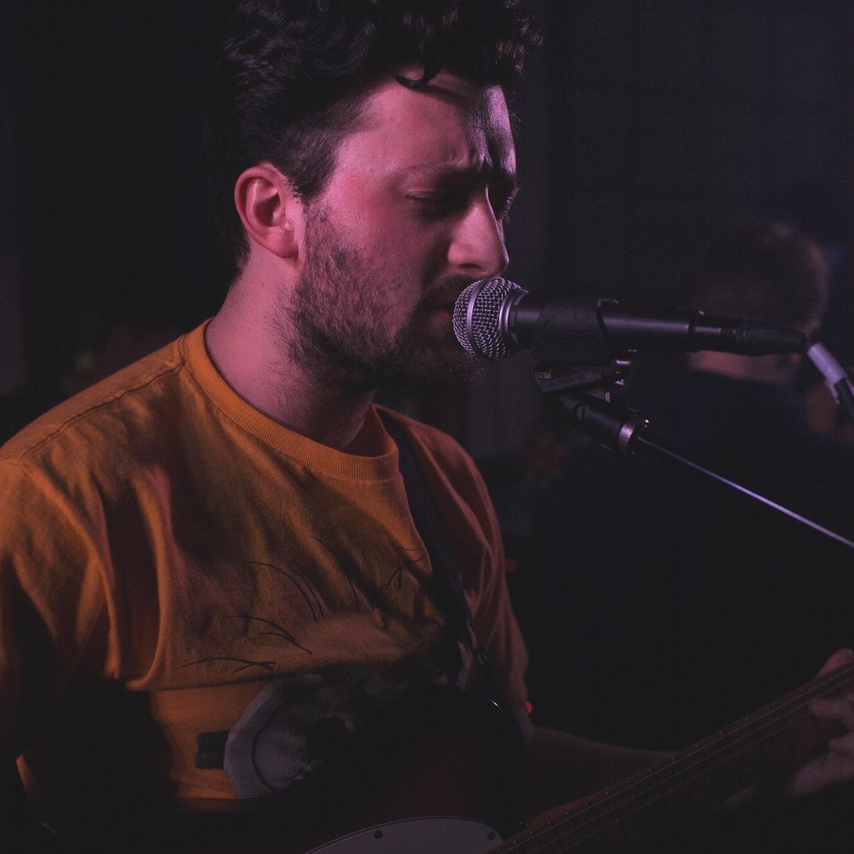 Ronan Delisle - guitar