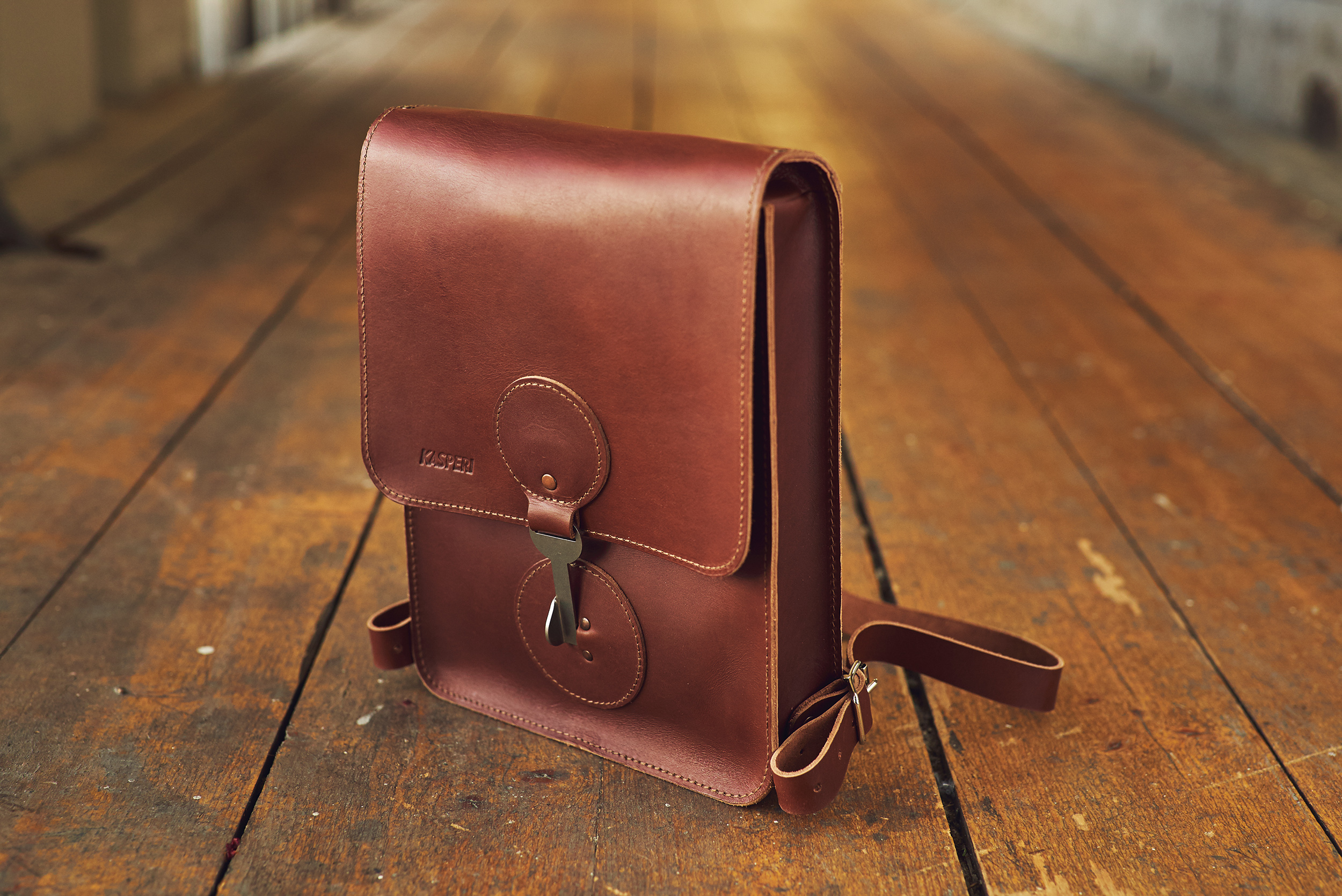KASPERI_A4_Backpack_BrownTS_1.jpg