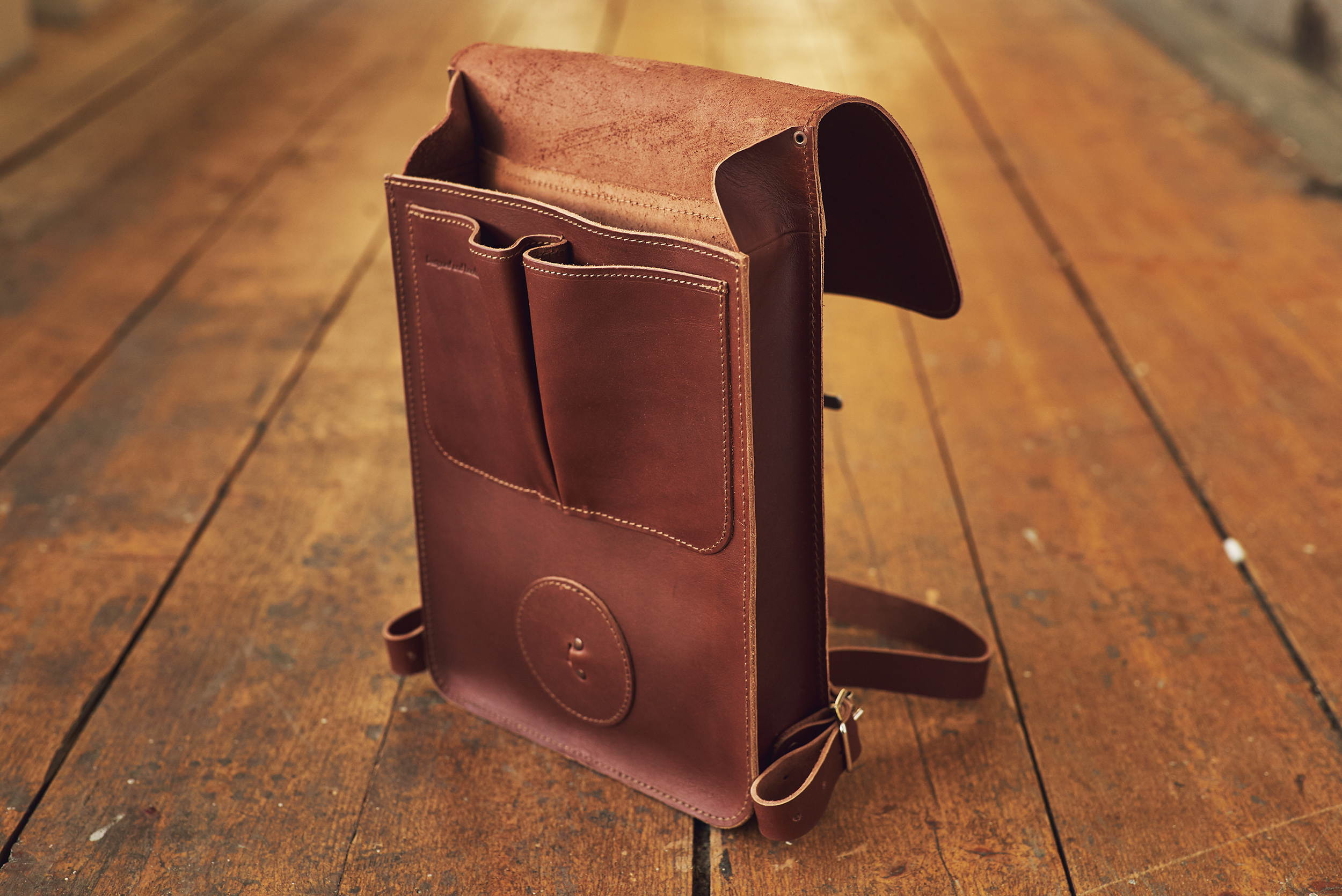 KASPERI_A4_Backpack_BrownTS_4.jpg