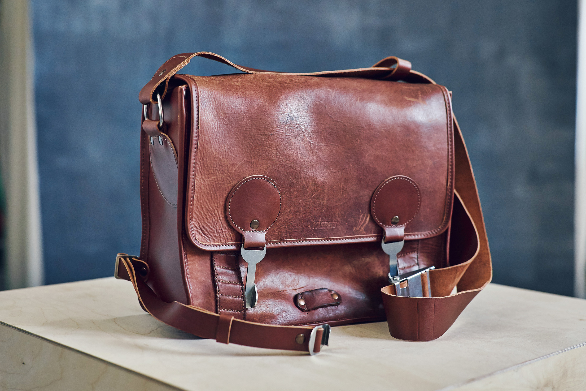A ten-year-old daily used KASPERI Shoulder bag, refurbished by us.