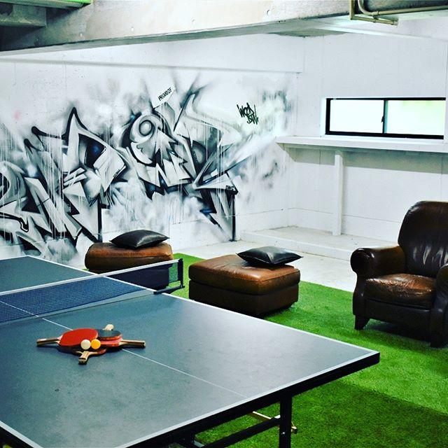 1階のプレイスペースに、新たに卓球台が登場しました! 白熱したラリーが見れるのを楽しみにしてます。 ぜひリニューアル中のgakuへお越しください -------------------------------------------------A table tennis table has newly appeared in the play space on the first floor! I am looking forward to seeing the heated rally. Come to gaku under renewal by all means! #ゲストハウス #旅行好き #箱根 #箱根登山鉄道 #強羅 #温泉デート #箱根強羅公園 #春 #箱根の宿 #卓球 #卓球台入荷 #箱根の夜を満喫 #guesthouse #futon #backpacker #familyroom #japan #travel #gora #hakone #japanesestyle #lakeashino #airbnb #volcano #cosy #tatami #playroom #tabletennis
