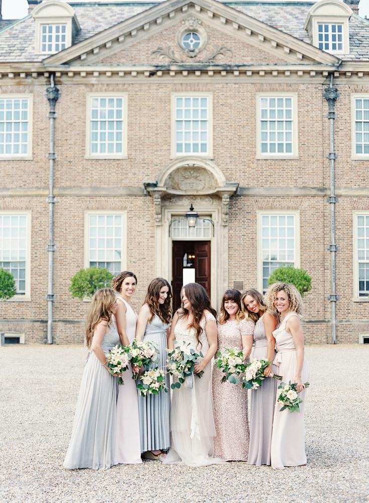 bridesmaids bouquets summer wedding crane estate les fleurs
