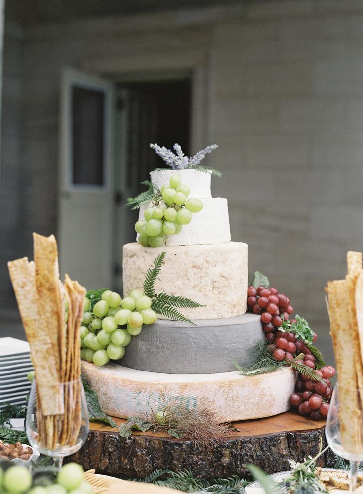 crane estate wedding cake
