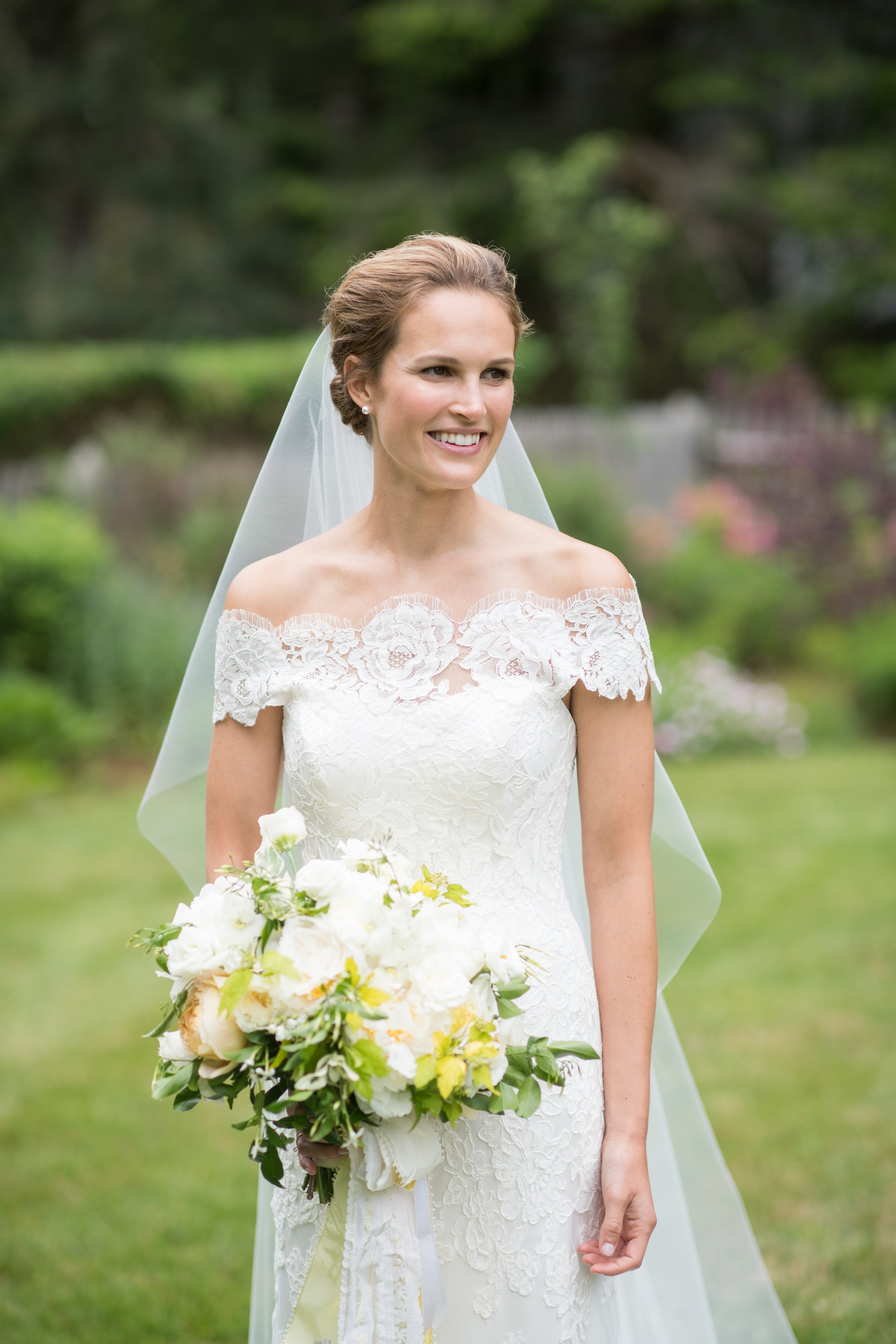 bridal bouquet, summer wedding, yellow, white, peony