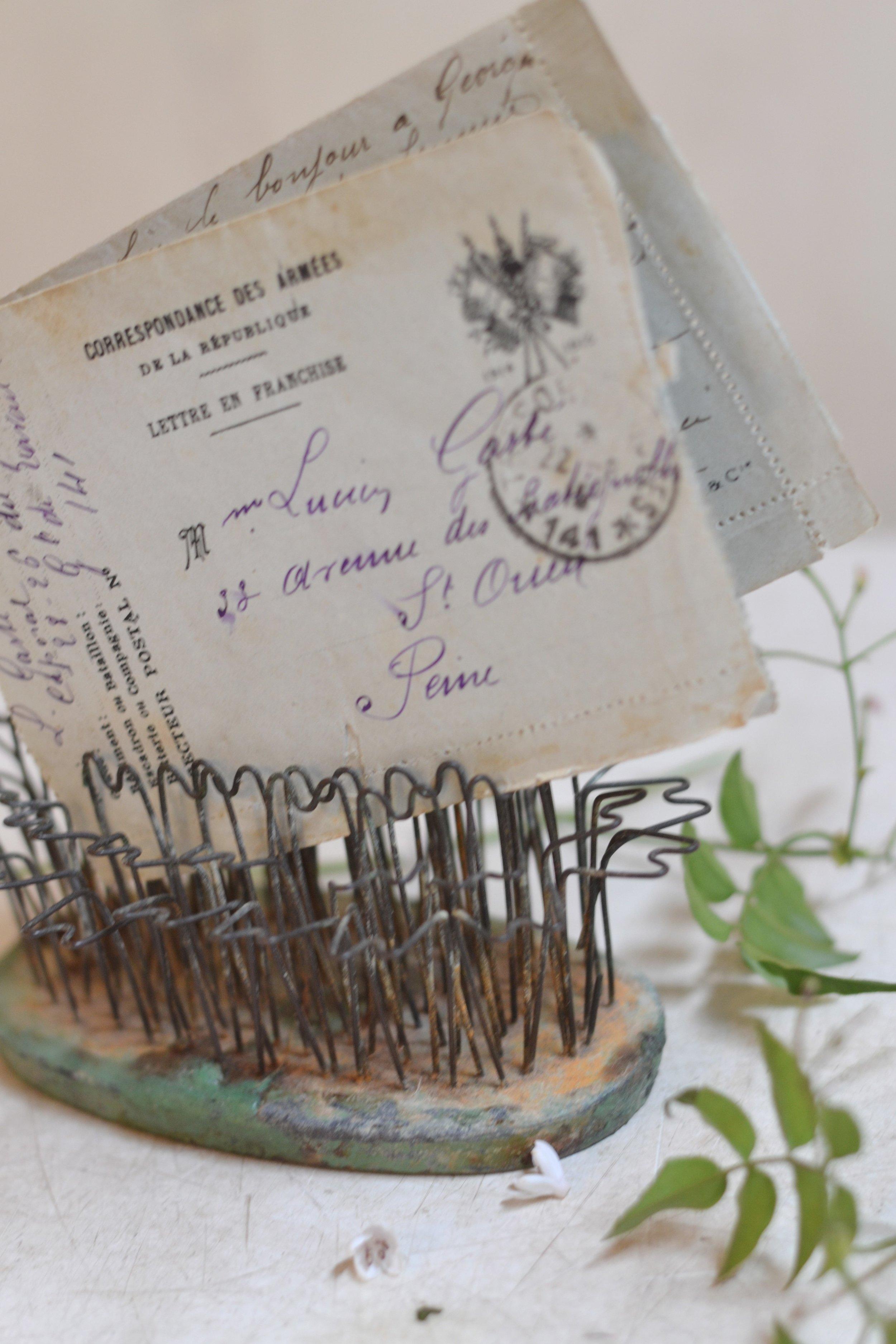 provence-postcard-flowerfrog-travel-france.jpg