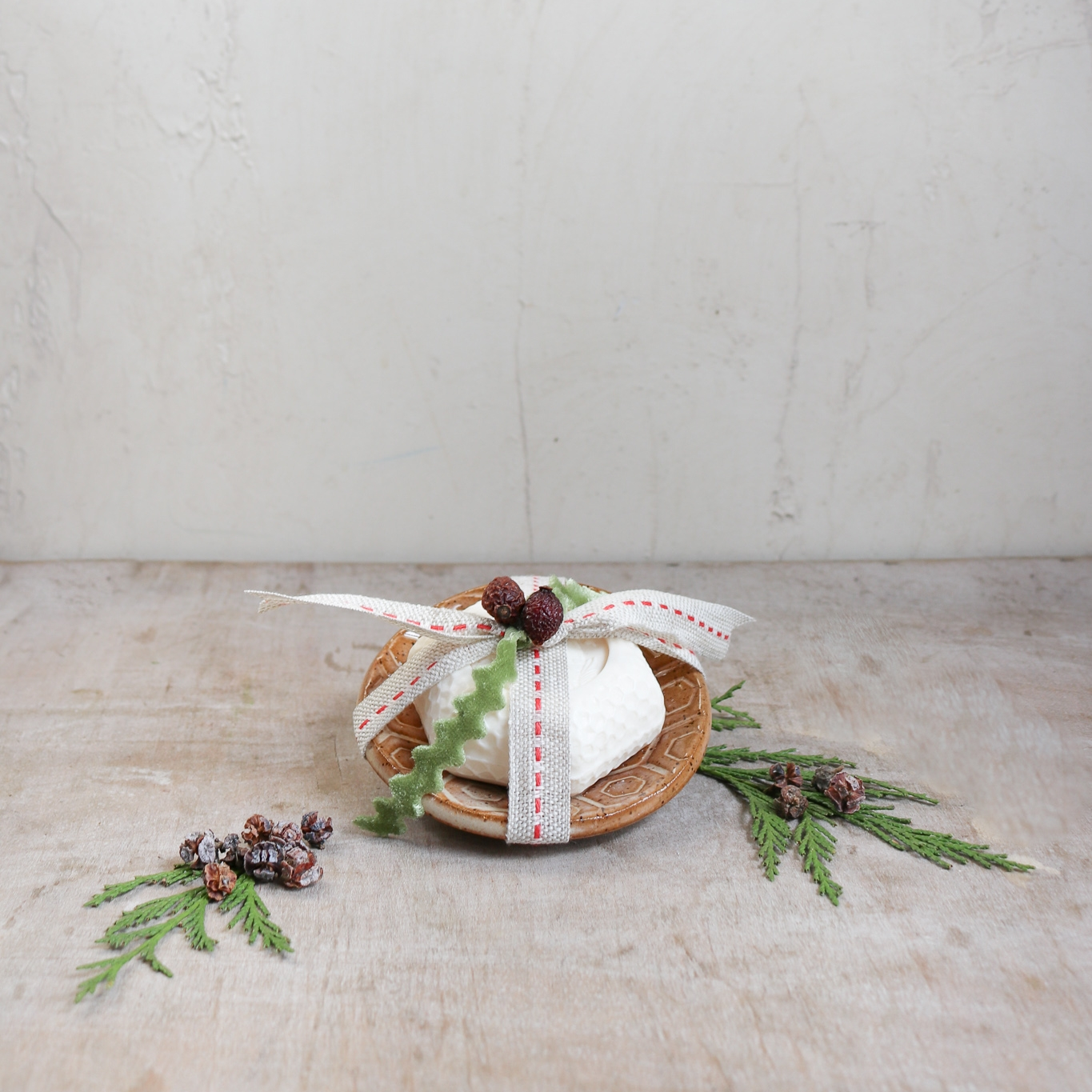 french milled soap hostess holiday gift set