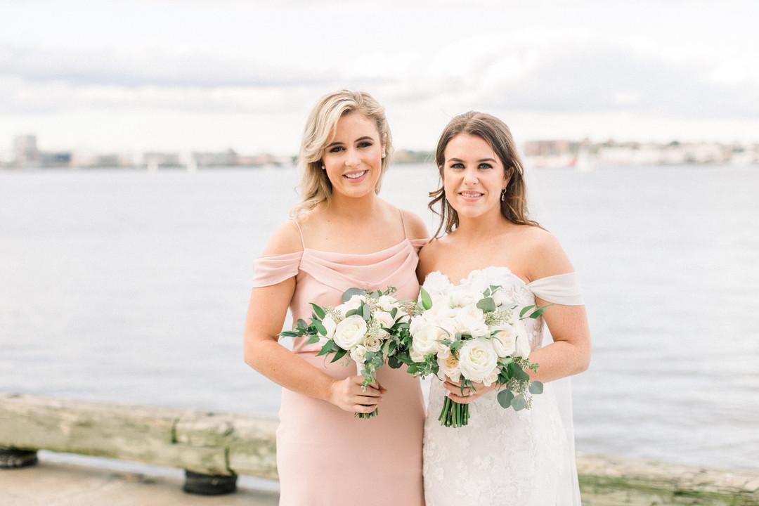 waterfront-wedding-flowers-by-lesfleurs (5).jpg