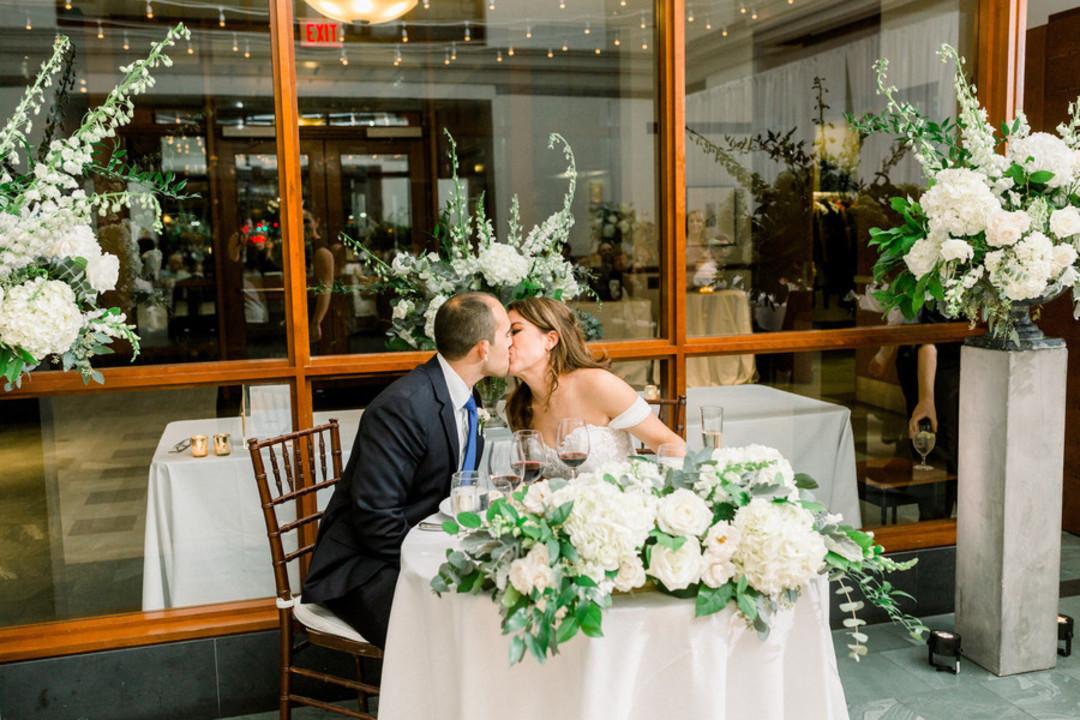 waterfront-wedding-flowers-by-lesfleurs (18).jpg