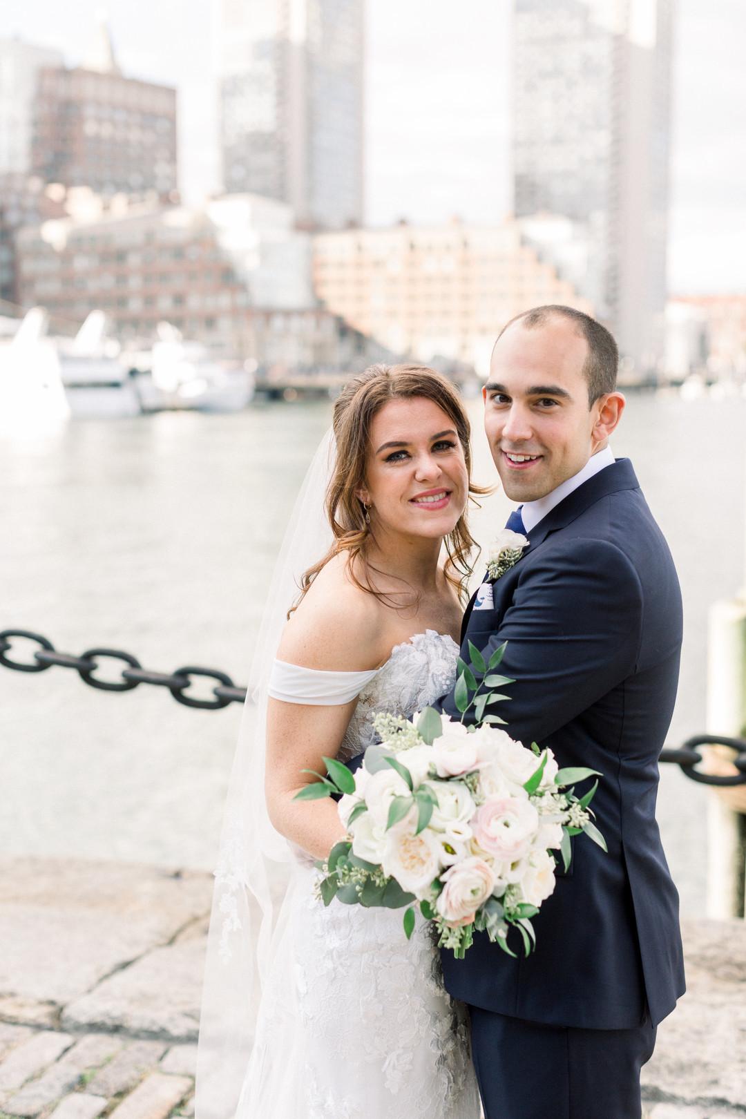 waterfront-wedding-flowers-by-lesfleurs (25).jpg