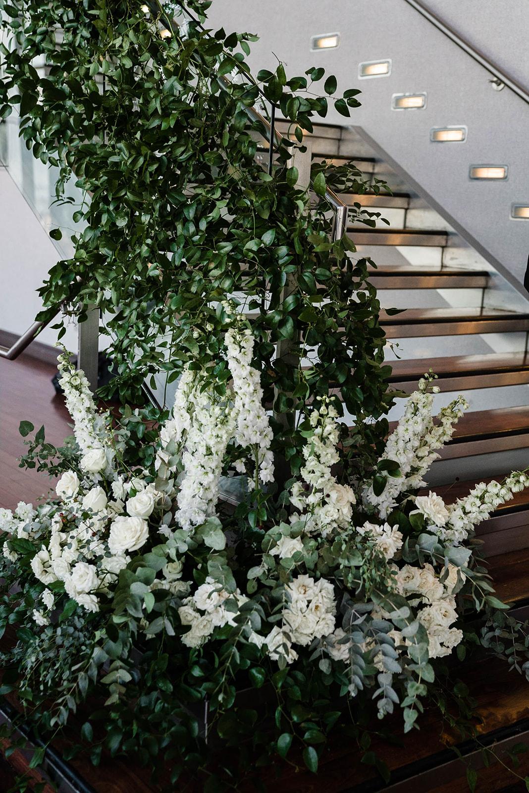 wedding-flowers-state-room-boston-lesfleurs (12).jpg