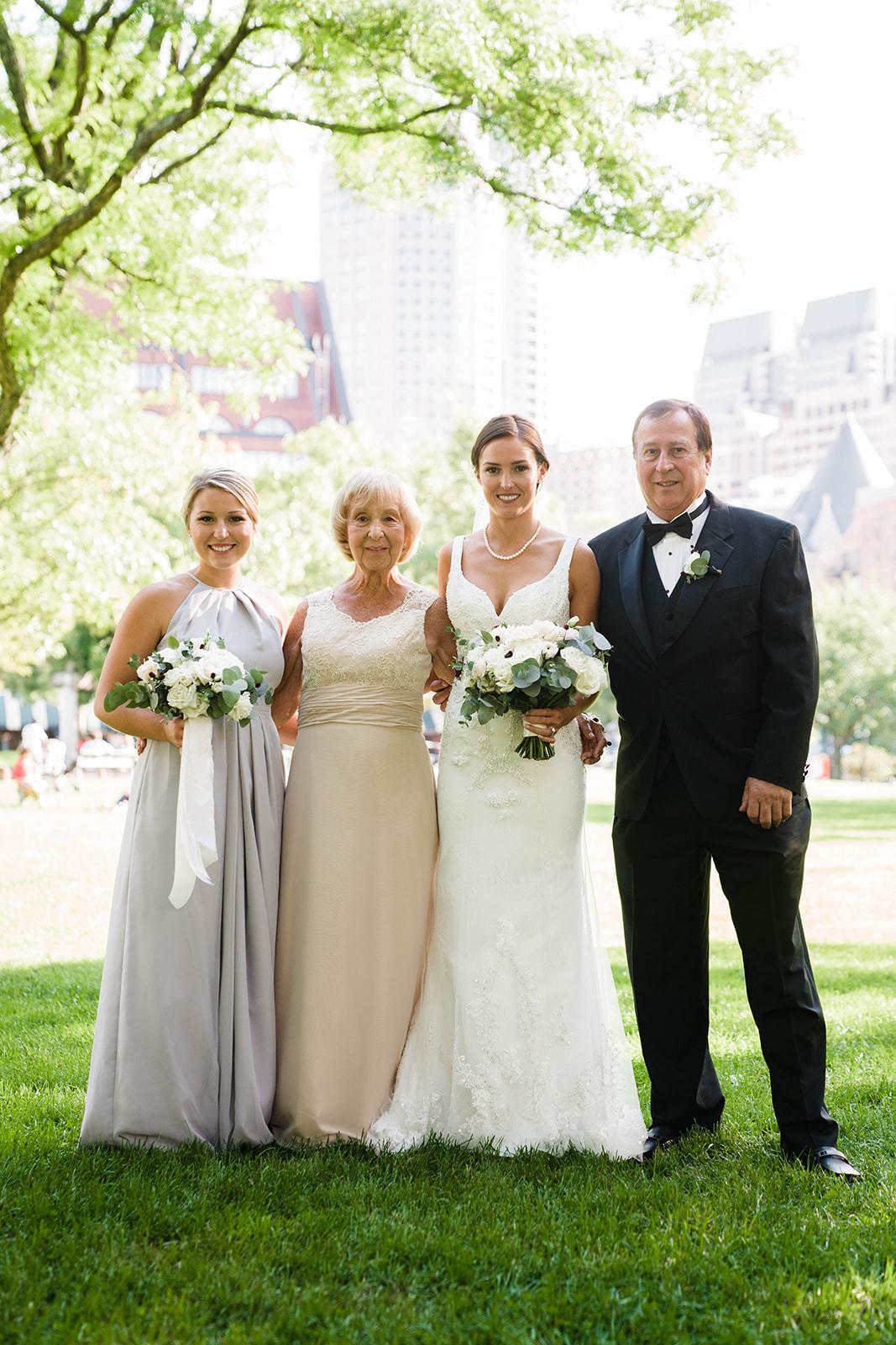 wedding-flowers-state-room-boston-lesfleurs (23).jpg