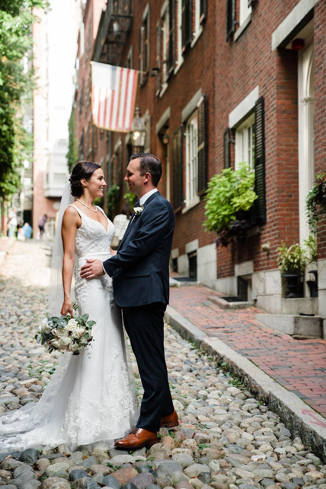 state-room-wedding-flowers-lesfleurs-boston (4).jpg