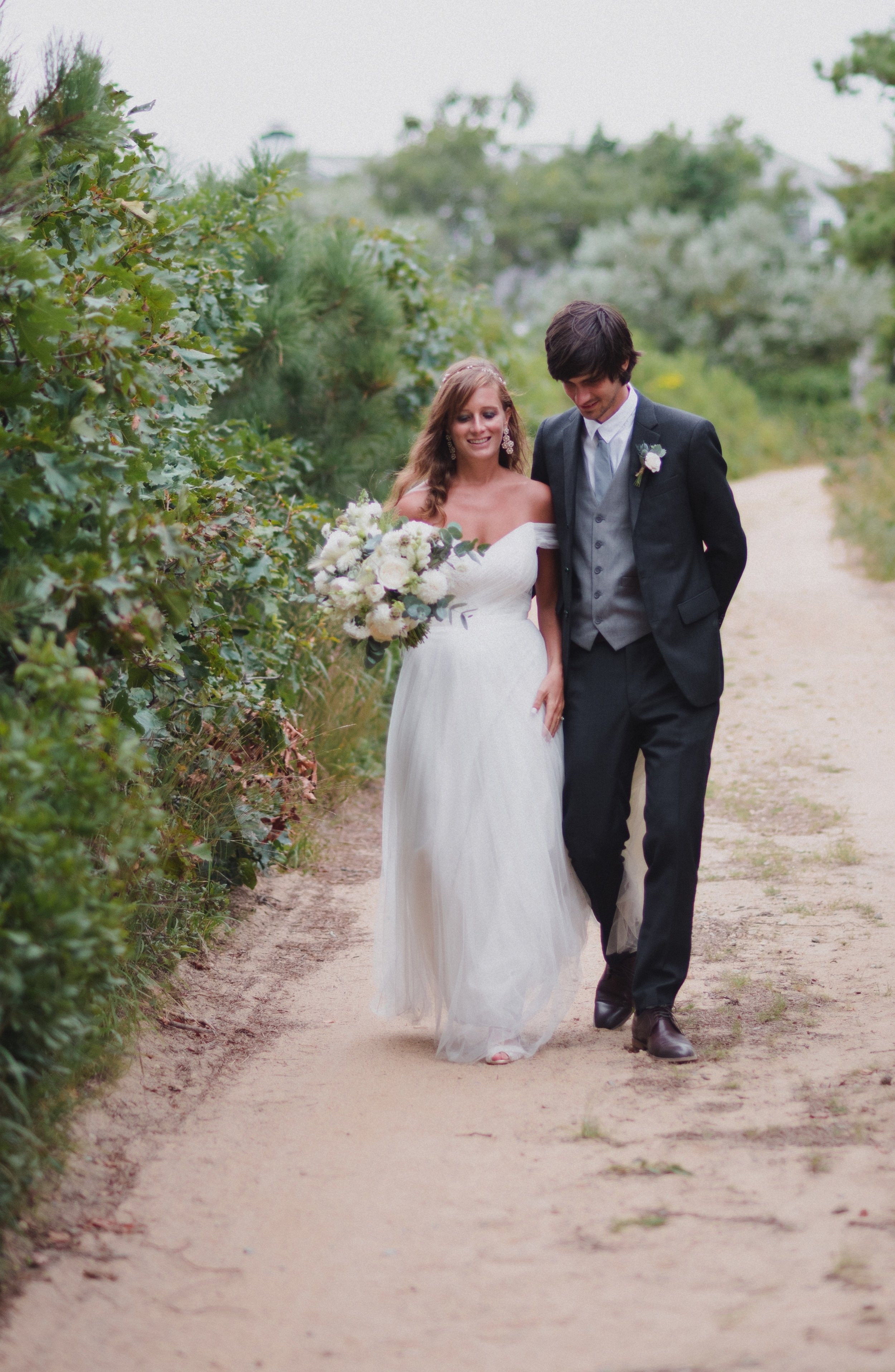 marthas-vineyard-wedding-lesfleurs (15).jpg