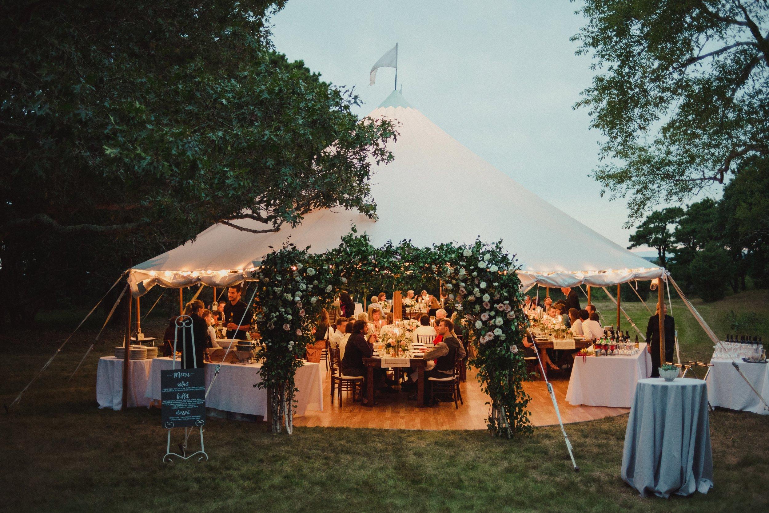 marthas-vineyard-wedding-lesfleurs (20).jpg