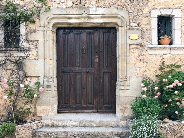 Door-in-Tourtour-MFCH-Provence-Tour.jpg