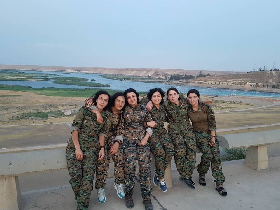 YPJ fighters by the Euphrates on the road to Raqqa, June 2017. Photograph:    Kurdish Female Fighters