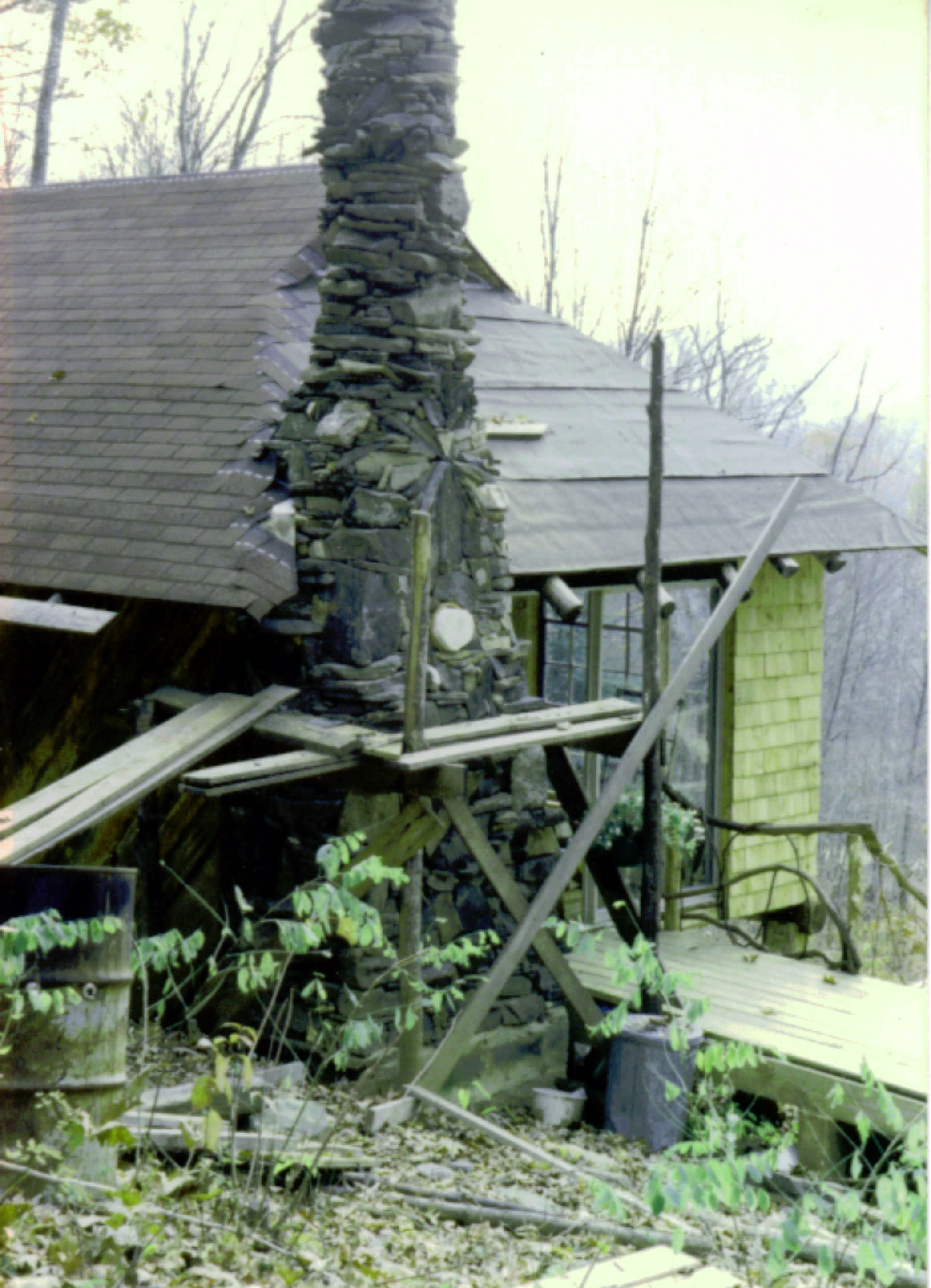 1984i chimney construction.JPG