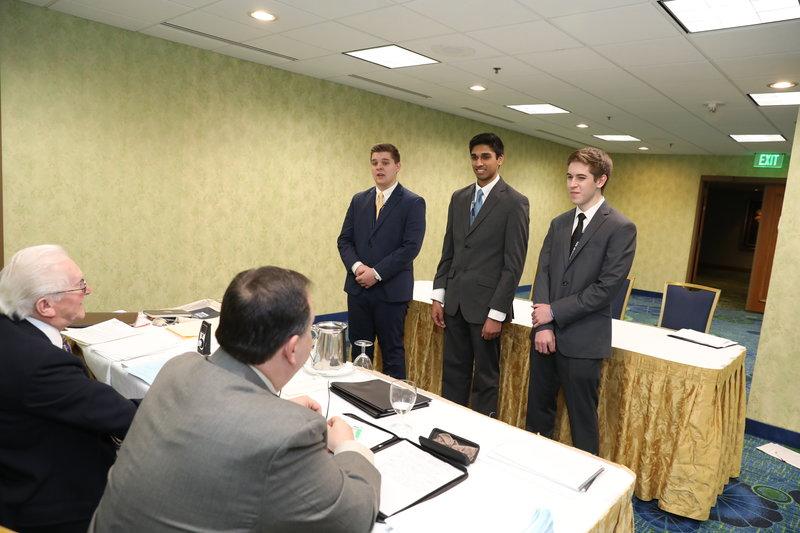 img-speech-team-competition-8b7a4843.jpg