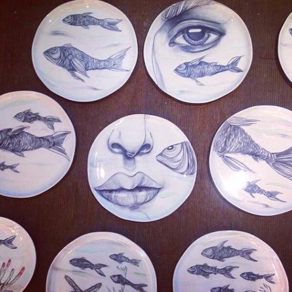 Lama's ceramic plate installation for Sea Grill restaurant in Fairmont Dubai