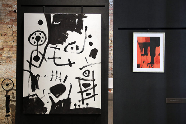 L-R: Ahmed Sharif, 'Untitled', 2006 Abdulrahman Zainal, 'Aggression', 1982 © Photo: Haupt & Binder