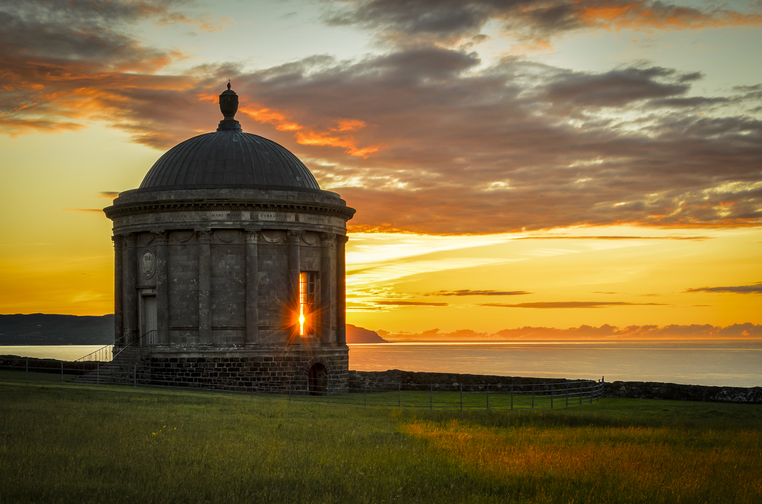 A light in the window, Mussenden