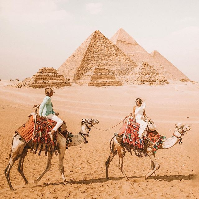 ✨Egypsies✨  Posting a few of our favorites from @ezzat_hisham to finish our Egypt trip pics!  Next stop: Nova Scotia