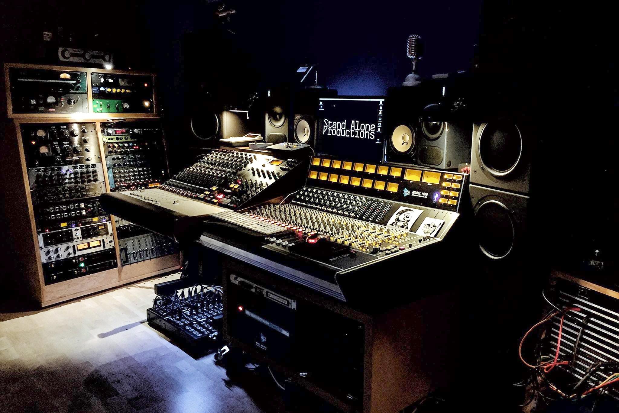 Gareth's amazing studio, Stand Alone Production.