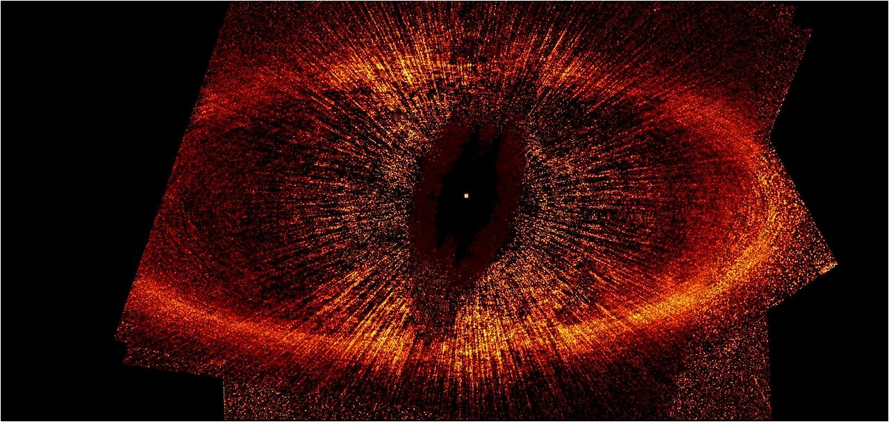 1280px-Fomalhaut_B_entire-Hubble_Telescope.jpg