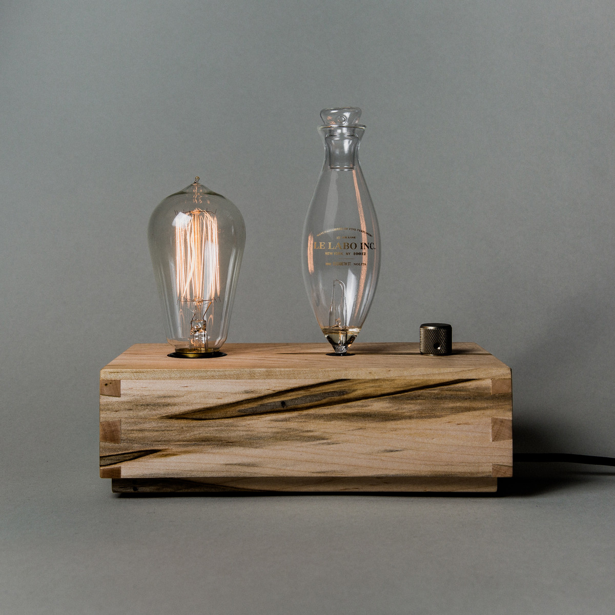 A home diffuser, a table light, and a statement piece all in one. This truly unqiue diffuser is a conversation piece and the secert to a good smelling home all in one!