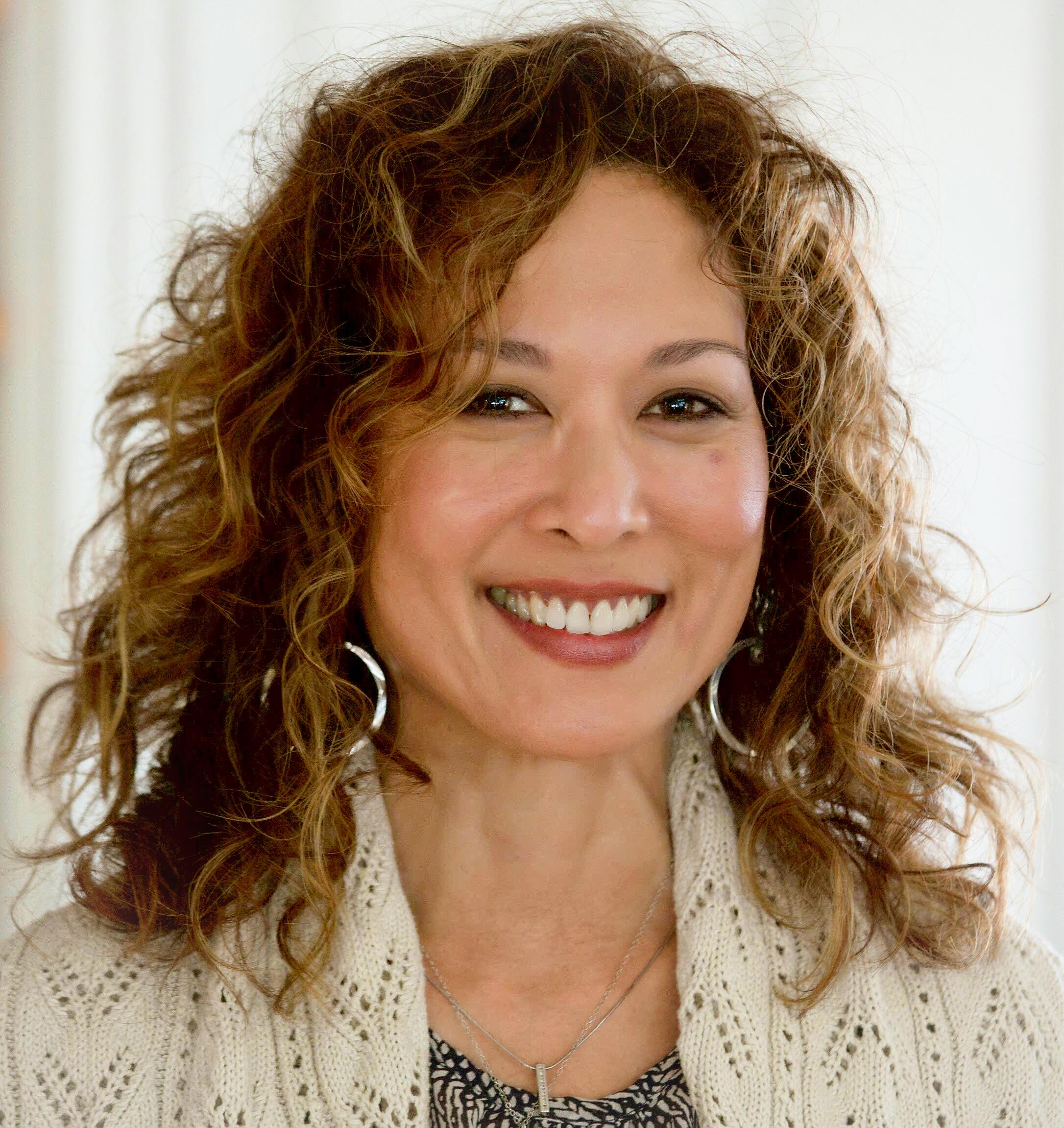 AURORA HUTCHINSON   Meditation Instructor